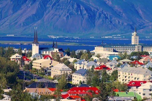 Travel-to-Reykjavik-What-to-visit-in-Reykjavik-800x360