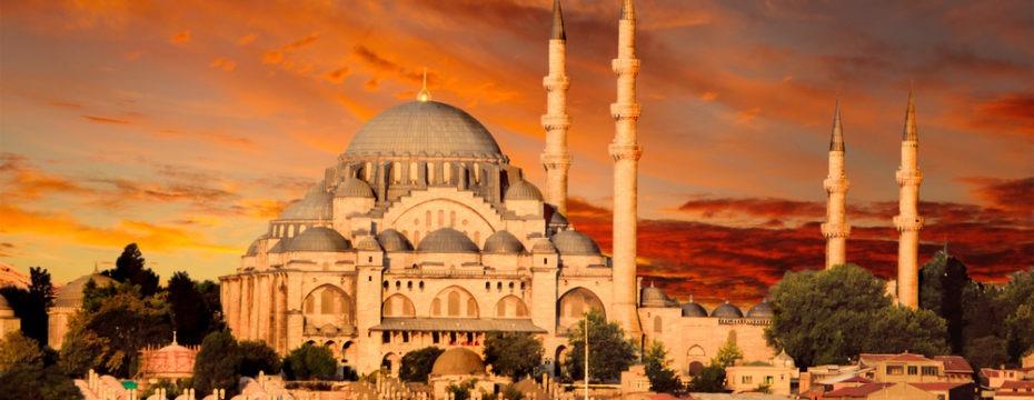 it safe to travel to Turkey