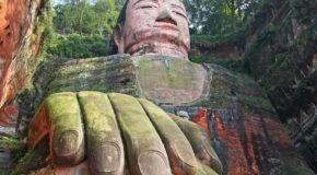 giant buddhas