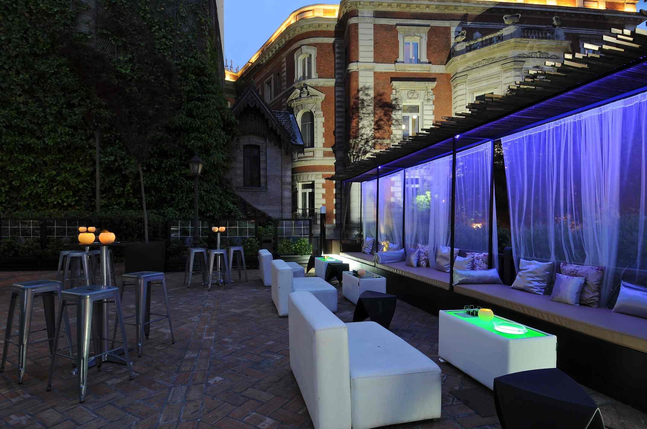 Las mejores terrazas para despedir el verano en madrid for Terrazas de verano madrid