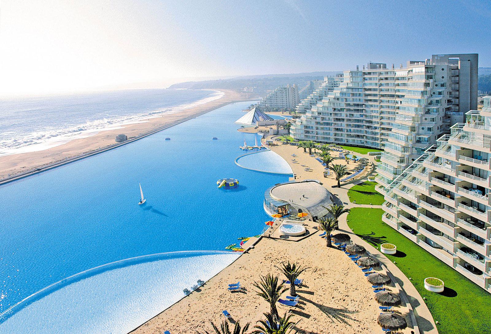 Las piscinas m s espectaculares del mundo exoticca blog for Mas piscinas