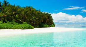 playa paradisíaca en Maldivas