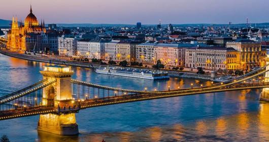 puente de budapest atardecer