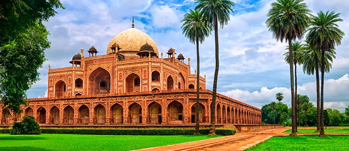 04-blog-humayun-tomb-india