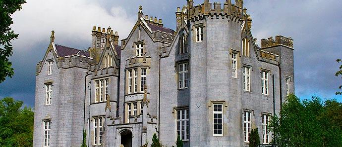 Castillo Kinnity, Irlanda
