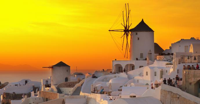 Santorini: best Greek islands