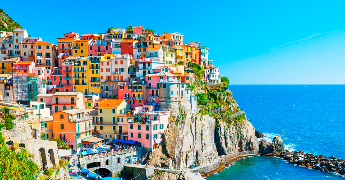best time to go to Italy beach