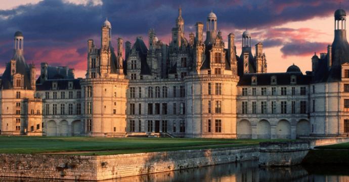 Chambord Castle: European palaces and castles