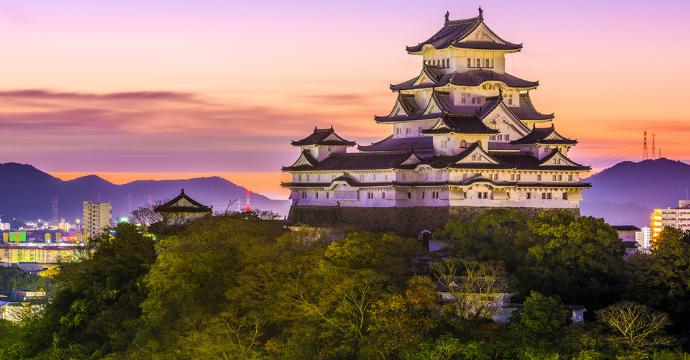 Himeji Castle: tourist attractions Japan