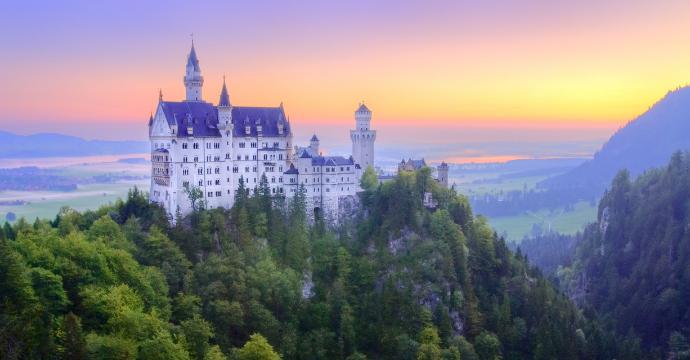 Neuschwanstein Castle: castles in Europe