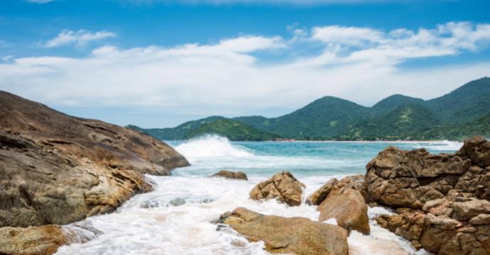 Paraty: mountain and beach destinations Brazil