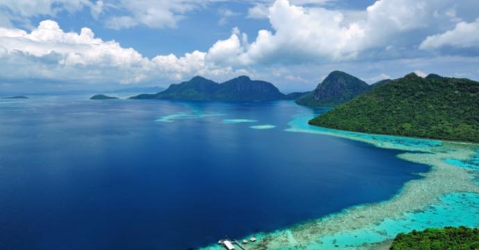 Sabah, Borneo: mountains and beach