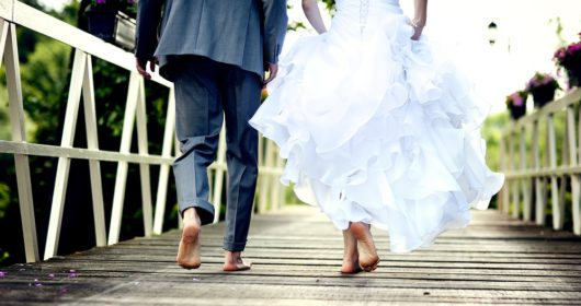 13-curious-wedding-traditions-from-around-the-world