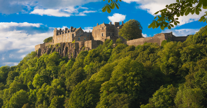 travel to Scotland in Spring