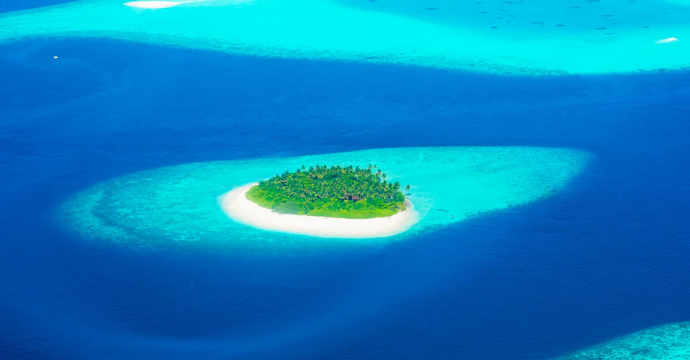 Maldives: places to travel right now